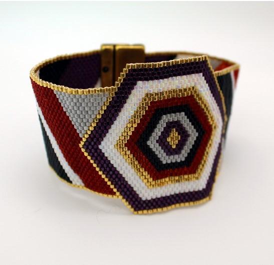hexagon peyote bracelet