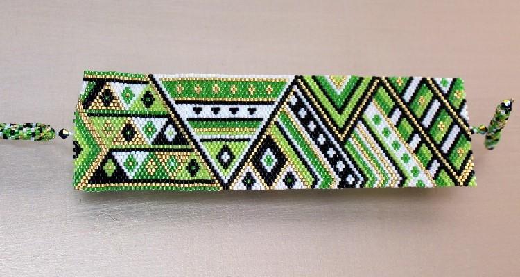 geometric peyote bracelet pattern