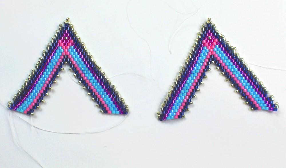 2 halves of the pendant