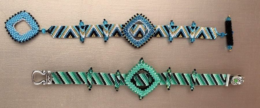 picture of a blue and green bracelet