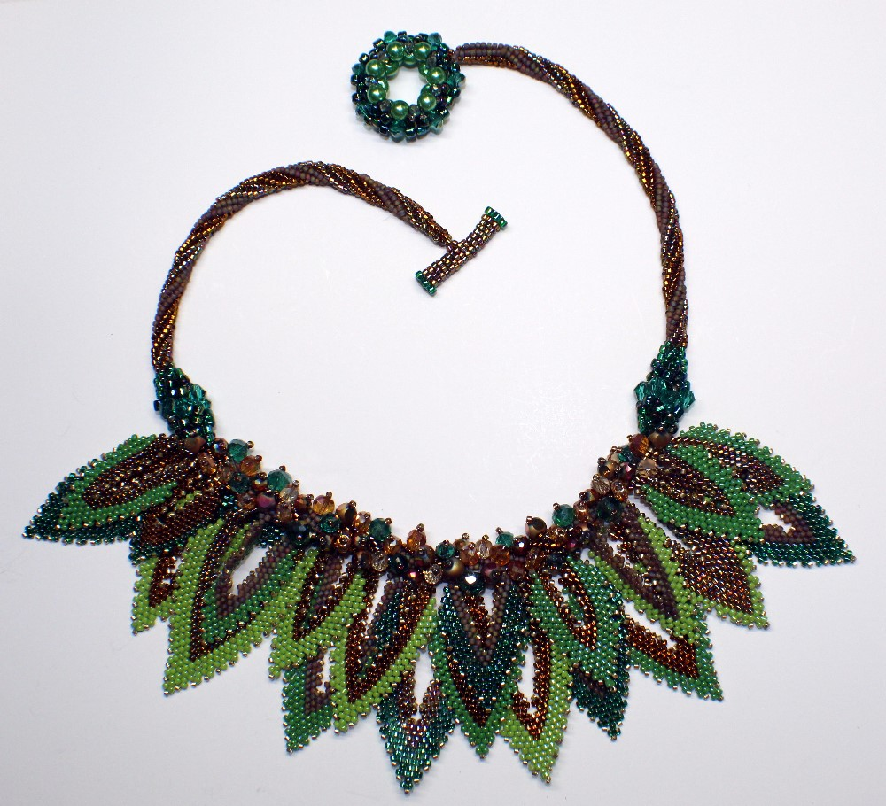 leaves necklace with an open clasp